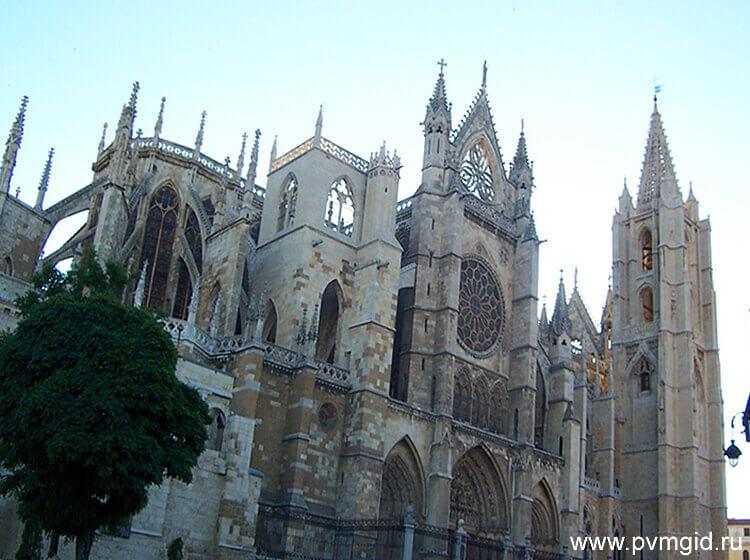 Кафедральный собор в Леоне - фото