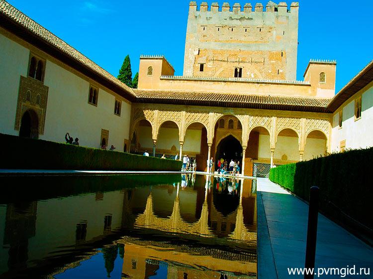 Дворец_Альгамбра_в_Гранаде_6