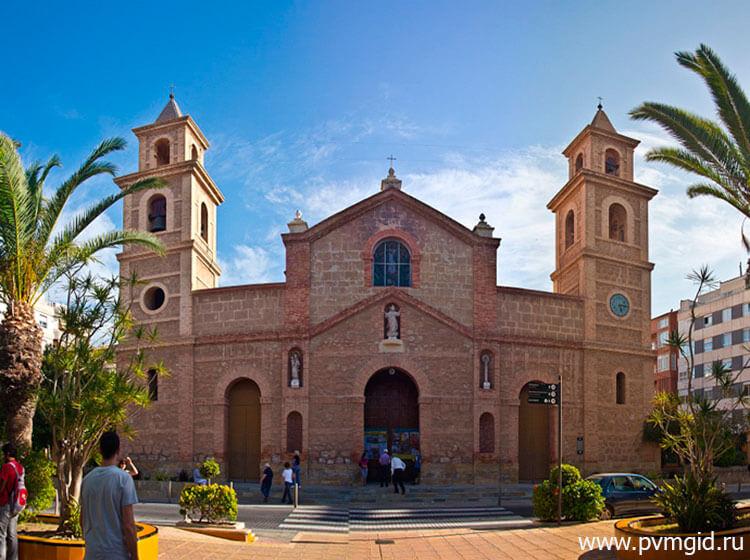 Церковь Инмакулада в Торревьехе - фото