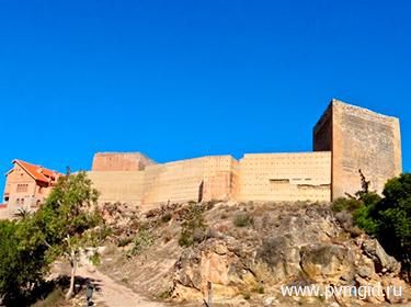 Замок Мола - фото