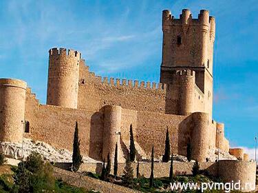 Замок Аталайа - фото