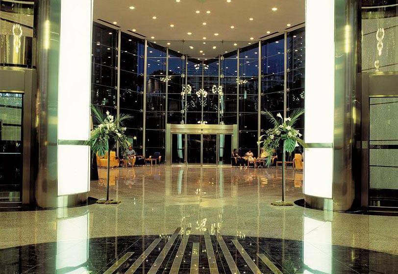 Фойе Гранд Хотел Бали