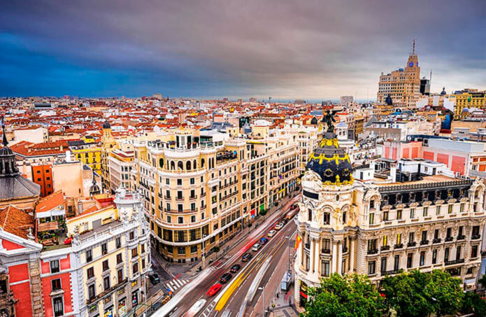 Улица Гран Виа - город Мадрид