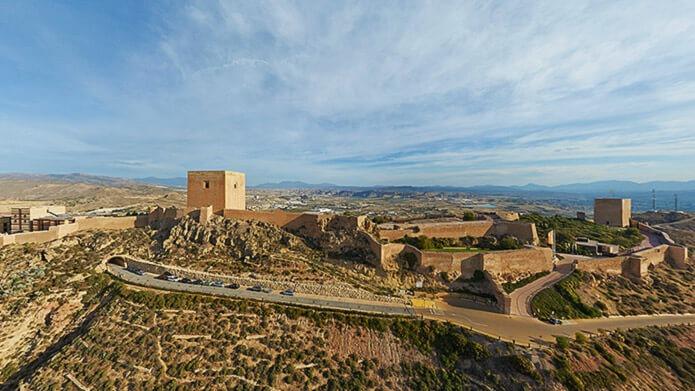 Замок в городе Лорка
