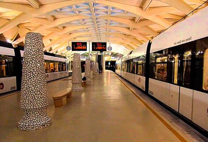 Линия метро Валенсии