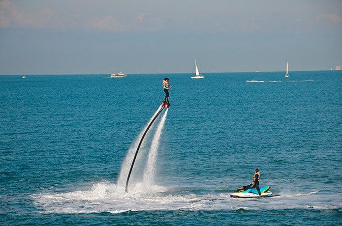 Развлечения на пляже в Валенсии