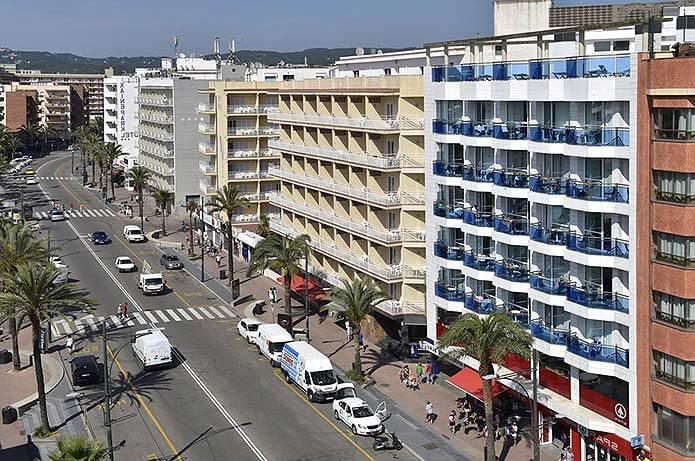 Улицы в Ллорет-де-Мар - фото