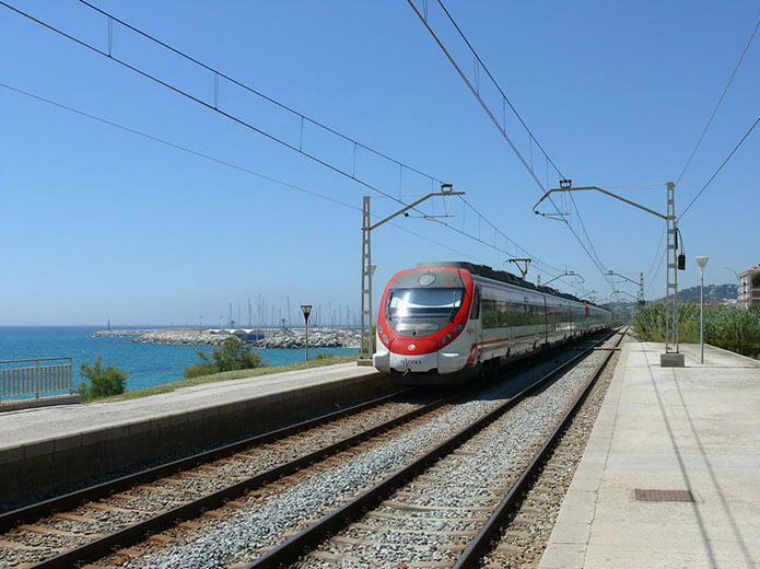 """Поезд """"Барселона - Бланес"""" - фото"""
