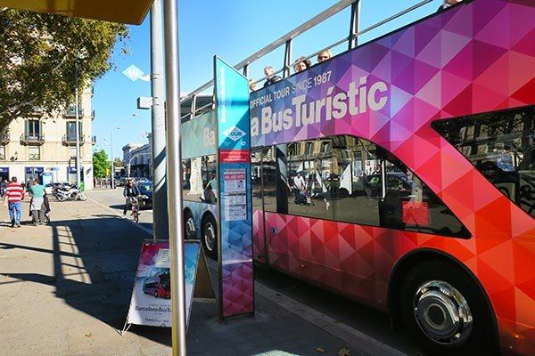 Остановка Barcelona Bus Touristic - фото