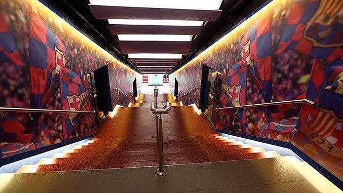 Тоннель на Камп Ноу - фото