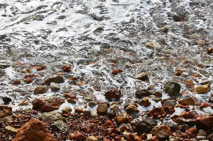 Дикий пляж Салоу - фото