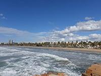 ПляжЛеванте в Салоу
