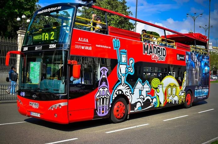 Автобус Hop on Hop off Madrid sightseeing - фото