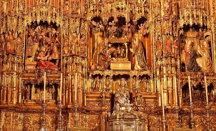 Главная капелла собора в Севилье