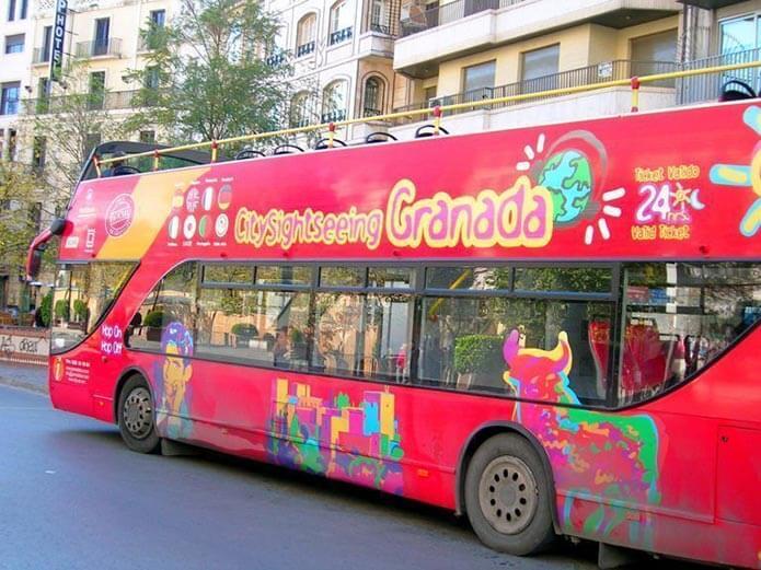 Туристический автобус Кордобы - фото