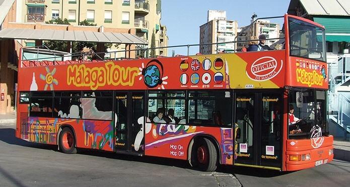 Экскурсионный автобус в Малаге - фото