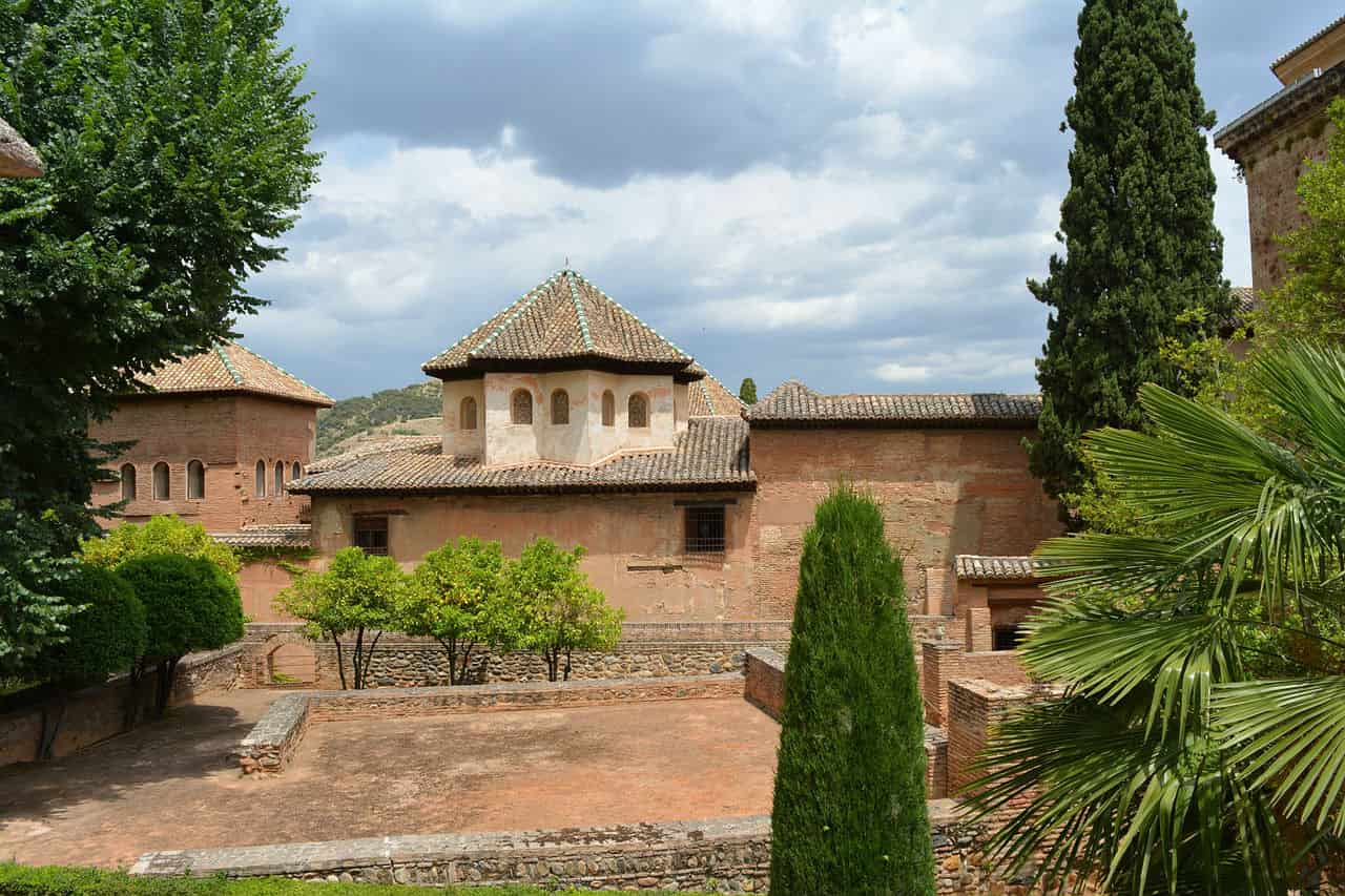 Башни Альгамбры - фото