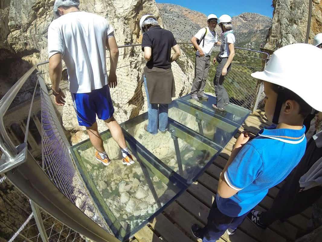 Стеклянный мост на Каминито-дель-Рей - фото