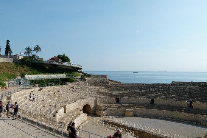 Трибуны амфитеатра в Таррагоне - фото
